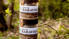 Kaltēts siers ar Baravikām